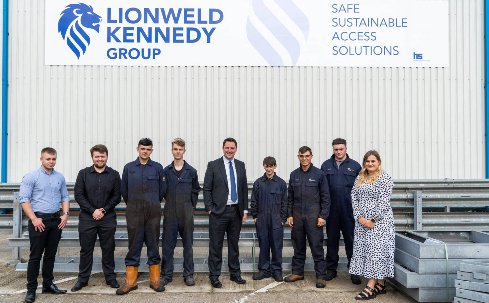 Mayor visits manufacturing firm expanding apprentice intake